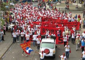 Masiva protesta del Stibys