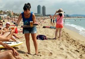 A la par que crece la industria turística, la precariedad laboral se incrementa