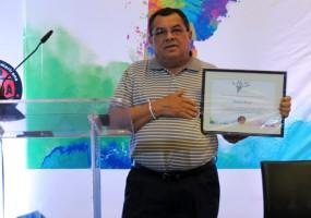 """""""Me siento honrado por el reconocimiento de la Rel-UITA"""""""