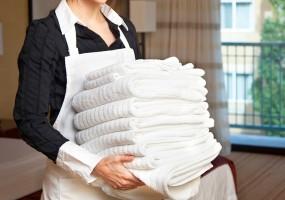 El PP rechaza en el Senado la jubilación anticipada de las camareras de piso