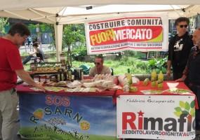 FuoriMercato: Autodeterminación alimentaria y ayuda mutua